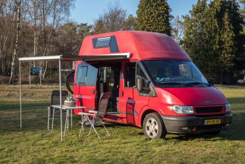 Buscamper Ford  Westfalia 5pers in Tilburg huren van particulier
