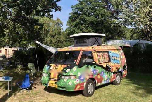 Kampeerbus Hyundai Hippie in Nijmegen huren van particulier