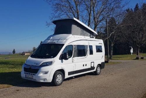 Buscamper Pössl FamilienCamper in Sulzberg huren van particulier