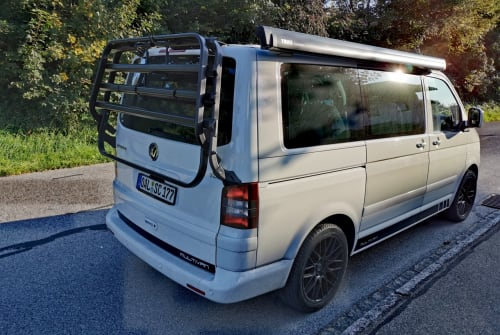Kampeerbus VW  Alpzeit 1 in Obergünzburg huren van particulier