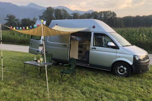 Kampeerbus Volkswagen Resal in Übersee huren van particulier