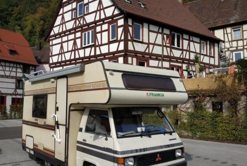 Alkoof Mitsubishi L300 - Oldtimer in Dortmund huren van particulier