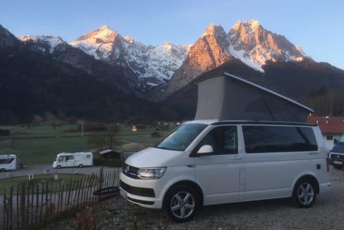 Kampeerbus VW CaliBeachSurfer in Starnberg huren van particulier