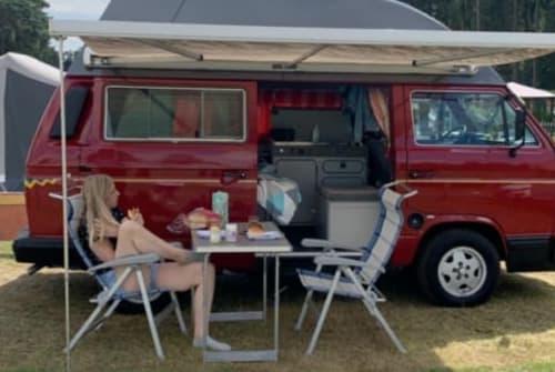 Kampeerbus VW Bertus in Olst huren van particulier