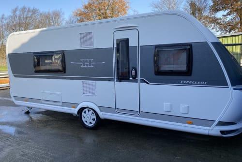 Caravan Hobby Hobby 560 WFU in Heide huren van particulier