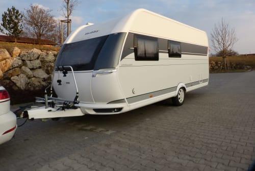 Caravan Hobby CamperChamp in Krailling huren van particulier
