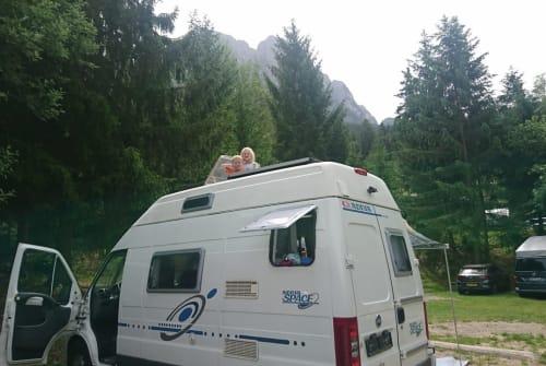 Buscamper Fiat Ducato Nia in München huren van particulier
