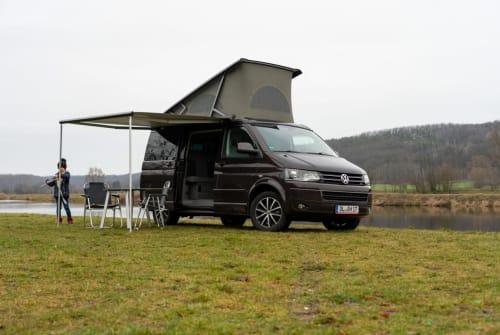 Kampeerbus VW T5 Cali 4motion in Döbeln huren van particulier