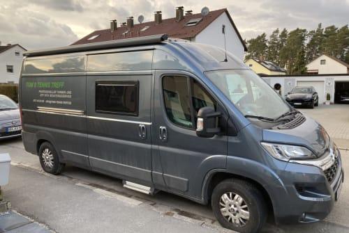 Buscamper Clever Toms Mobil in Wendelstein huren van particulier