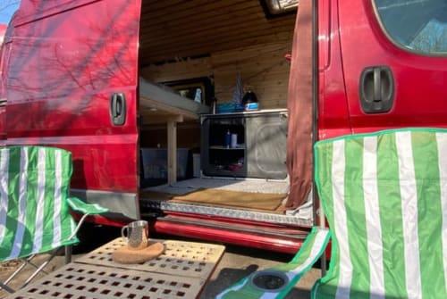 Buscamper Peugeot Boxi in Berlin huren van particulier