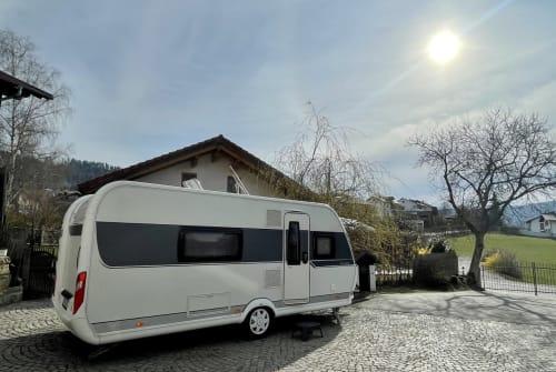 Caravan Hobby Camper Bella in Hauzenberg huren van particulier