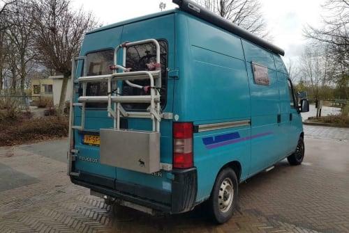 Buscamper Peugeot  Kikker-Camper  in Schellinkhout huren van particulier