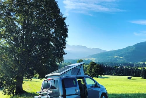 Kampeerbus Nissan e-Camper1 in Hopfgarten im Brixental huren van particulier