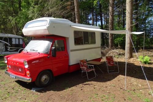 Kampeerbus Ford Fordje Rinus'76 in Vries huren van particulier