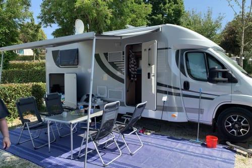 Halfintegraal Orange Camp Caravelle in Erding huren van particulier