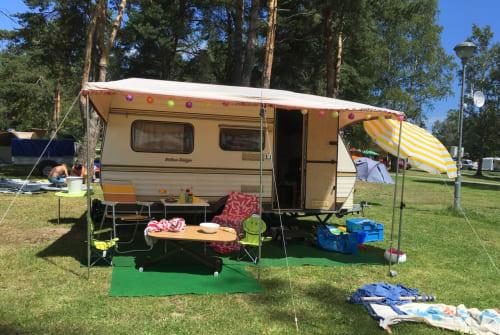 Caravan Eriba - Taiga Eriba Taiga 3x Schlafplätze in Unterer Wienerweg huren van particulier