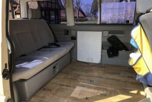 Kampeerbus VW TJ in Wiefelstede huren van particulier