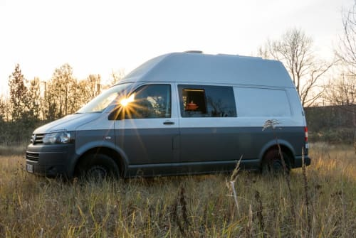 Kampeerbus Volkswagen Friluftgeist in Dorfen huren van particulier