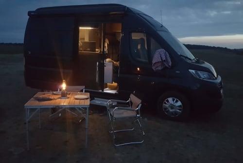 Buscamper Hymercar  Tevje in Berlin huren van particulier