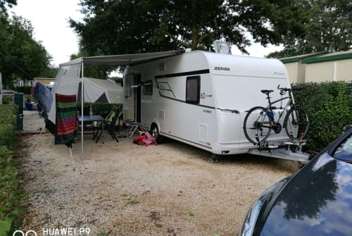 Caravan Eriba  Family Dream in Bad Waldsee huren van particulier