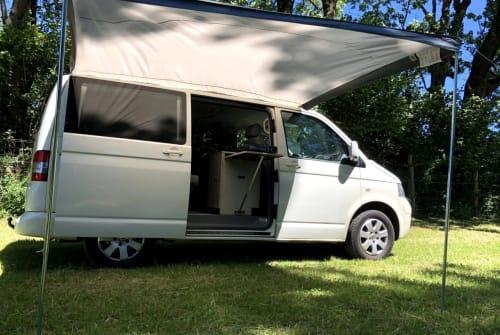Kampeerbus Volkswagen White Ride in Landsberg am Lech huren van particulier