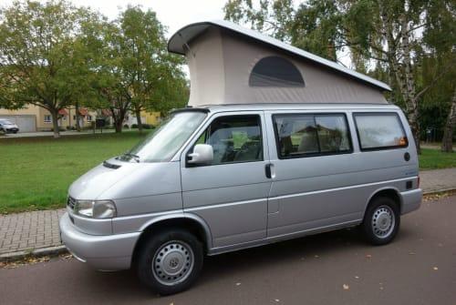 Kampeerbus Volkswagen Little John in Halle (Saale) huren van particulier