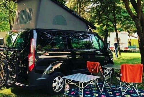 Kampeerbus Ford BlackNugget in Eichenzell huren van particulier