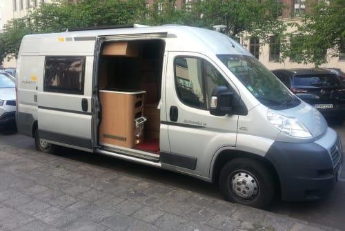 Buscamper Fiat Adria in Berlin huren van particulier