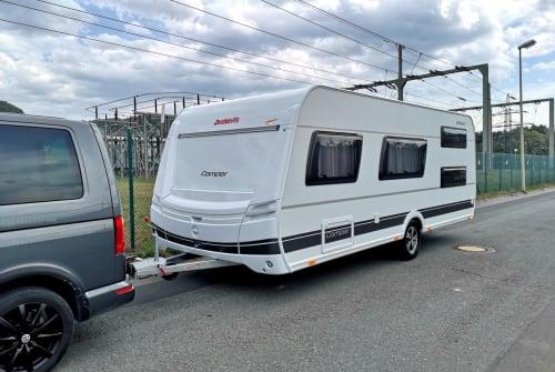 Caravan Dethleffs Camper 540 QMK in Ködnitz huren van particulier