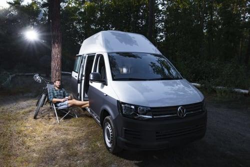 Kampeerbus Volkswagen Maschsee-Paul in Hannover huren van particulier