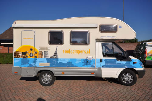 Alkoof Ford Transit Familie camper in Amersfoort huren van particulier