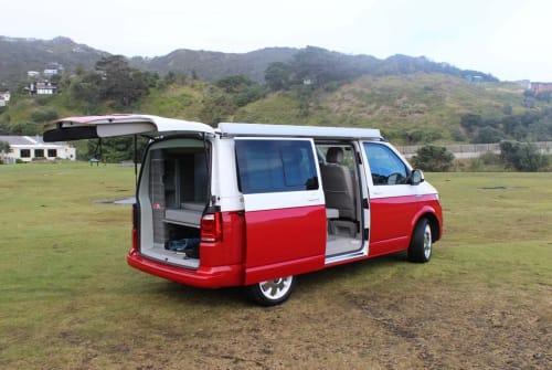 Kampeerbus VW California Ocean T6 DSG VW California in Schagerbrug huren van particulier