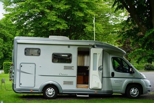 Halfintegraal Karmann CampingChris in Engelskirchen huren van particulier
