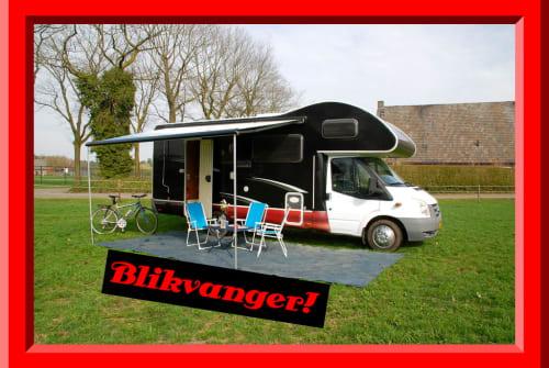 Alkoof Ford Rimor 2 katamarano in Tilburg huren van particulier