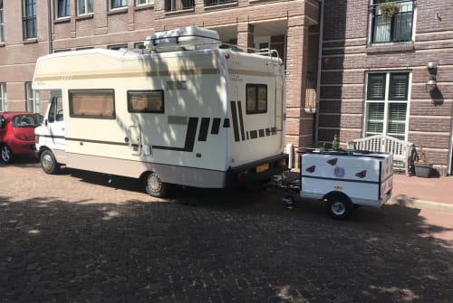 Alkoof mercedes Betsie in Heemskerk huren van particulier