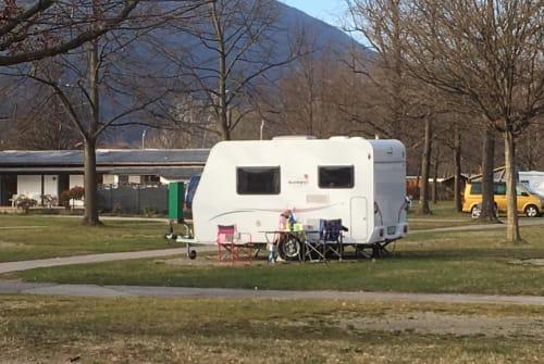 Caravan Sunlight Sonnenschein in Friedberg huren van particulier