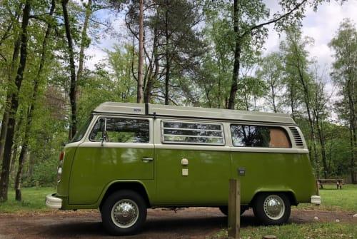 Kampeerbus Volkswagen Bus Northampton in Drachten huren van particulier