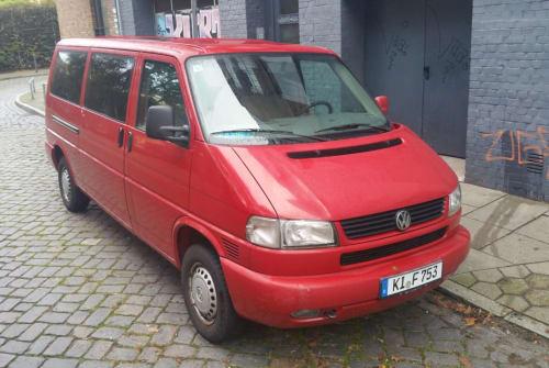Kampeerbus VW Caravelle in Hamburg huren van particulier