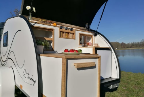 Caravan GS trailer Teardrop in Kaatsheuvel huren van particulier