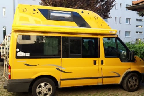 Kampeerbus Ford WILLI in Berlin huren van particulier
