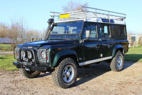 Overige Land Rover Defender 110  in Kamerik huren van particulier