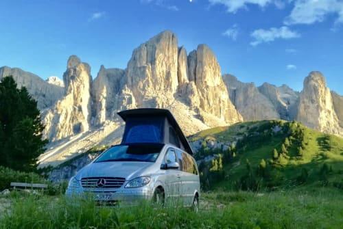 Kampeerbus Mercedes Sven's Camper in Füssen huren van particulier