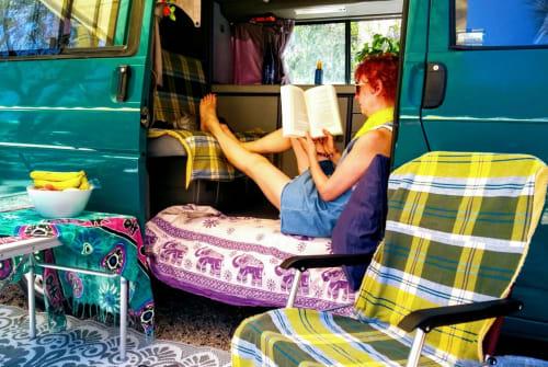 Kampeerbus VW  Janis in Lissabon huren van particulier