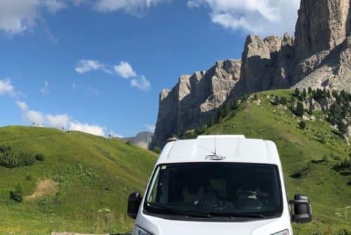 Buscamper Carado Dani's Camper in Plankstadt huren van particulier
