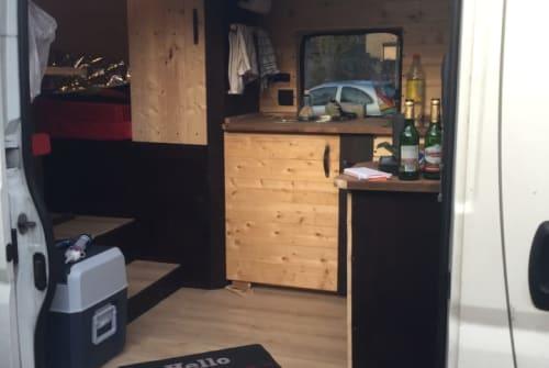 Buscamper Peugeot Schneeweißchen in Rostock huren van particulier