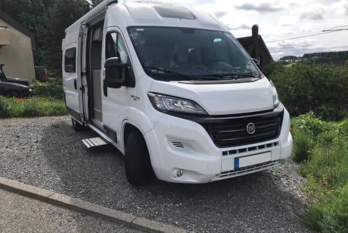 Buscamper Challenger Vany V217  2019 Roomtour #182 Adventure in Konavle huren van particulier