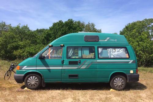 Buscamper Volkswagen Villa in Amsterdam-Zuidoost huren van particulier