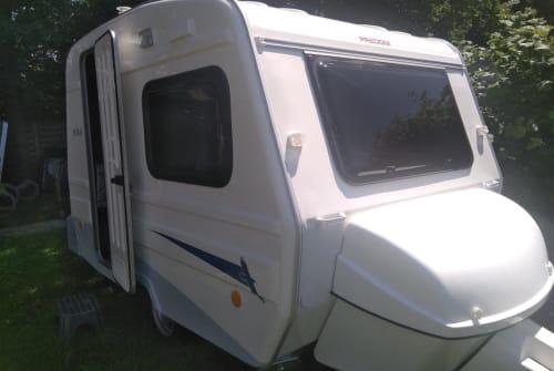Caravan Niewiadow  NIEWIADOW N126N in Bielefeld huren van particulier