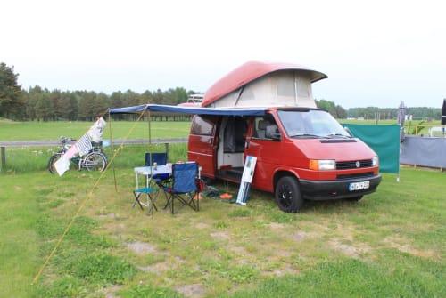Kampeerbus VW Roter Flitzer in Dresden huren van particulier