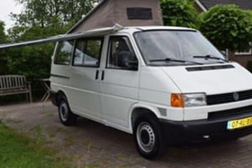 Kampeerbus VW Transporter VW in Utrecht huren van particulier